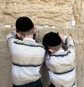 meninos judeus
